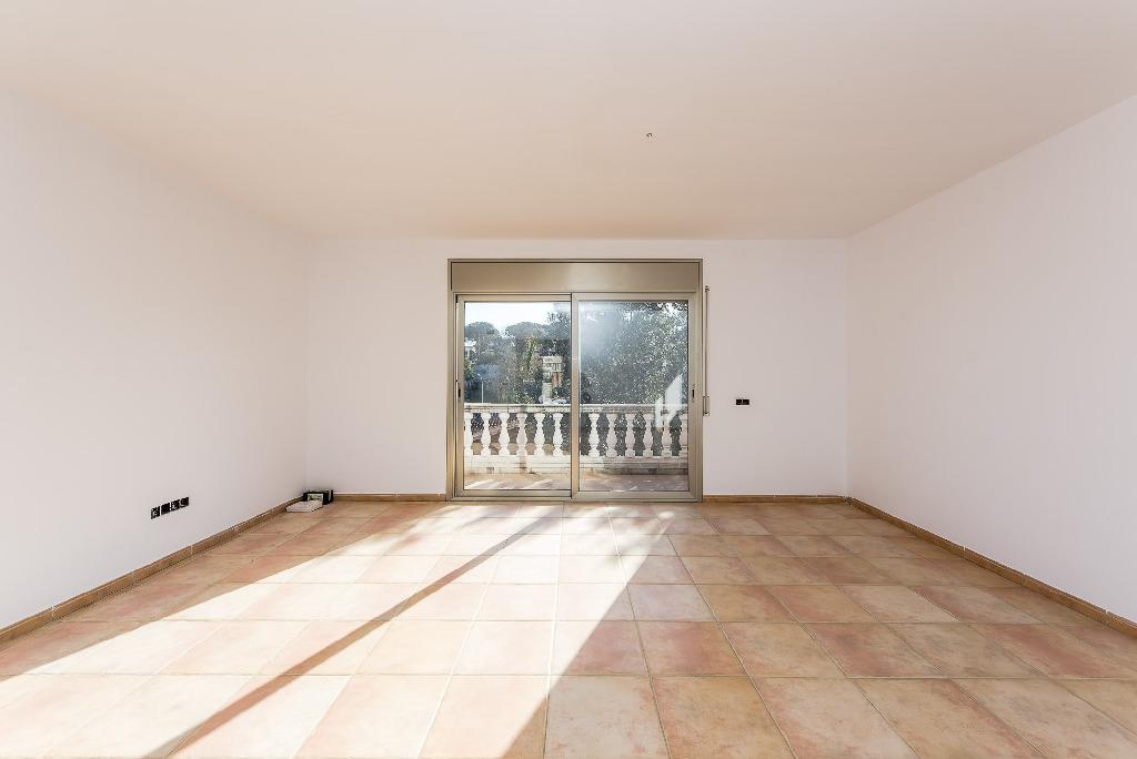 Casa en venta en Tordera, Barcelona, Travesía de Dalt, 155.500 €, 4 habitaciones, 2 baños, 231 m2