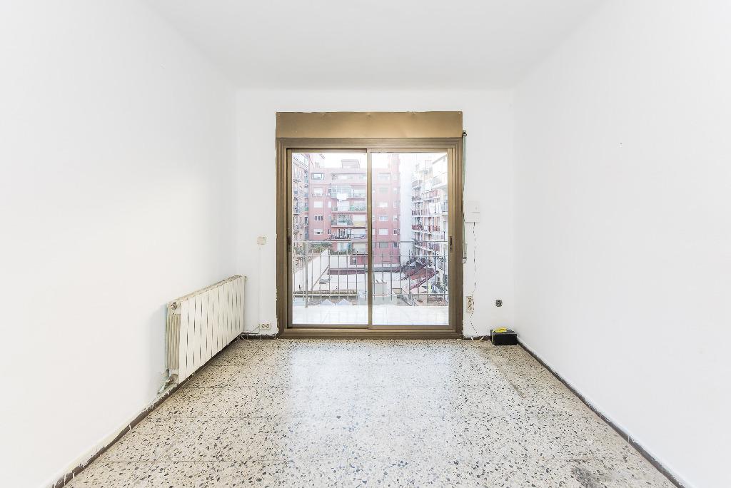 Piso en venta en Granollers, Barcelona, Calle Murillo, 100.000 €, 3 habitaciones, 1 baño, 66 m2