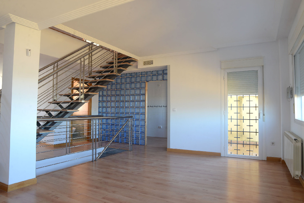 Casa en venta en Poblete, Ciudad Real, Calle los Castillejos, 122.000 €, 3 habitaciones, 2 baños, 244 m2
