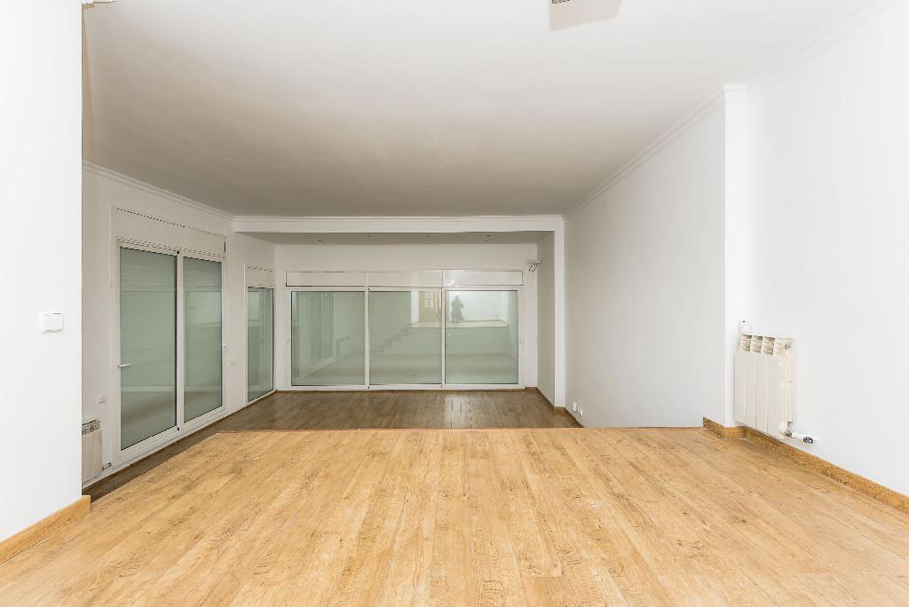 Casa en venta en Teià, Barcelona, Calle Migjorn, 611.000 €, 3 habitaciones, 3 baños, 277 m2