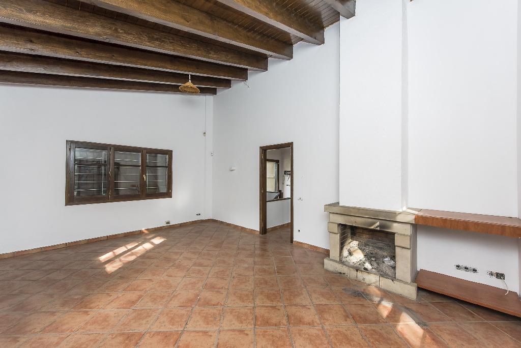 Casa en venta en Vallgorguina, Barcelona, Calle Pinatell, 202.500 €, 4 habitaciones, 2 baños, 181 m2