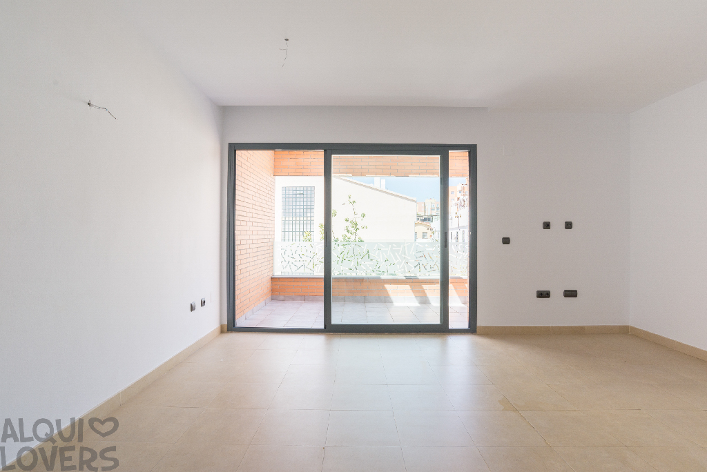 Piso en venta en Málaga, Málaga, Avenida Carlos Haya, 161.000 €, 1 habitación, 1 baño, 71 m2