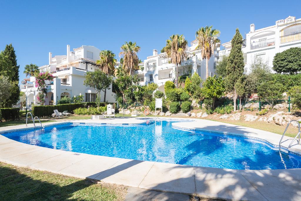 Piso en venta en Mijas, Málaga, Calle Partido de Calahonda Urbanización Albamar, 142.000 €, 1 habitación, 2 baños, 91 m2