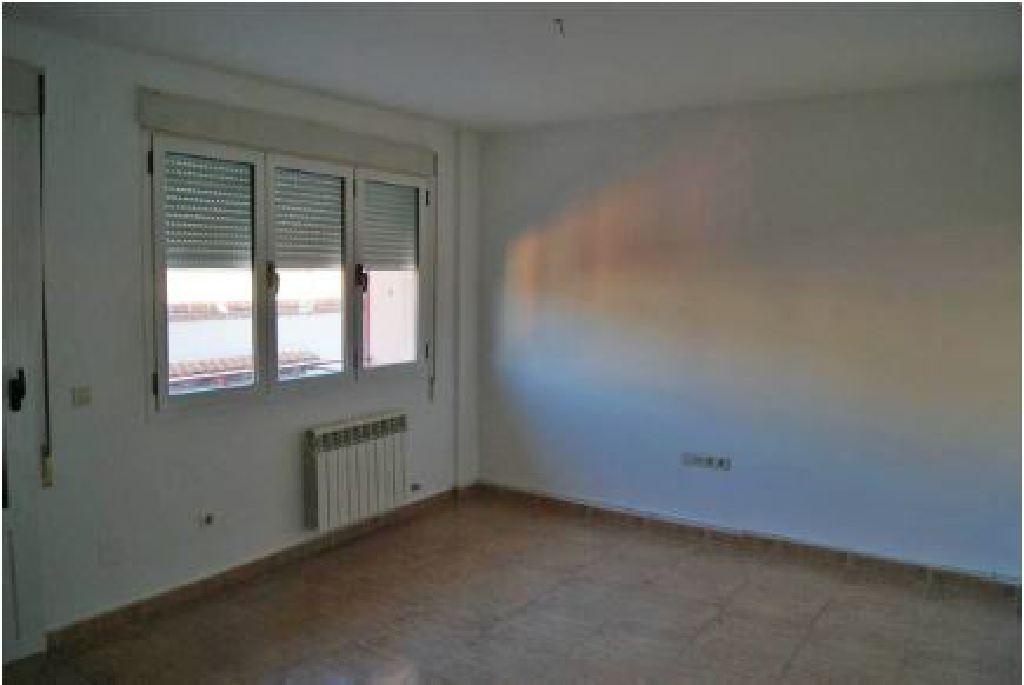 Piso en venta en Nava de la Asunción, Segovia, Calle Monasterio, 53.500 €, 4 habitaciones, 2 baños, 109 m2
