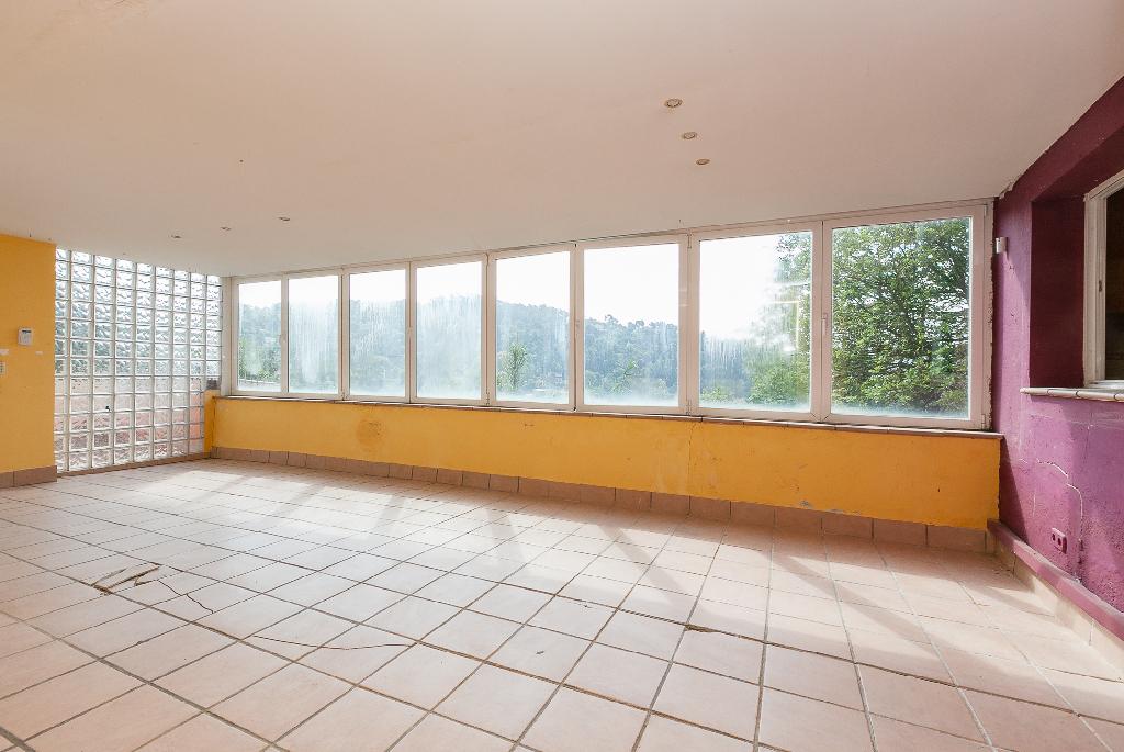 Piso en venta en Sant Cugat del Vallès, Barcelona, Calle Doctor Modrego, 185.000 €, 2 habitaciones, 2 baños, 118 m2
