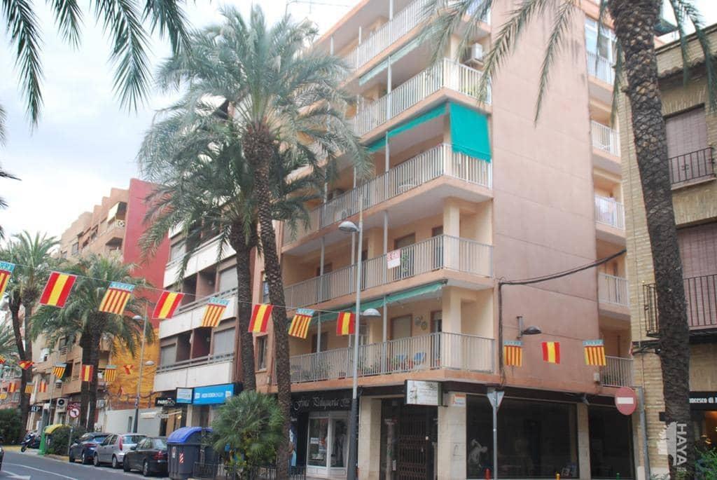 Piso en venta en Torrent, Valencia, Calle Ramón Y Cajal, 161.600 €, 9 habitaciones, 2 baños, 245 m2