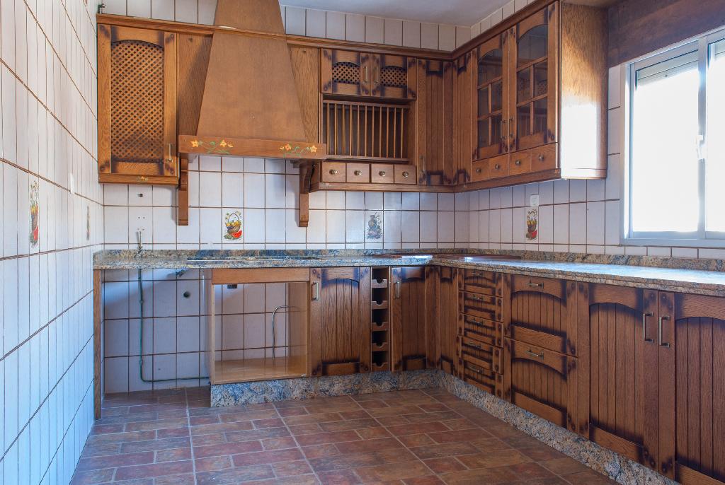 Casa en venta en Arcos de la Frontera, Cádiz, Calle Peña, 60.000 €, 3 habitaciones, 2 baños, 154 m2