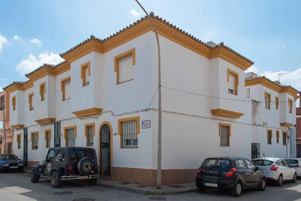 Parking en venta en La Línea de la Concepción, Cádiz, Calle Hilarion Eslava, 4.300 €, 23 m2
