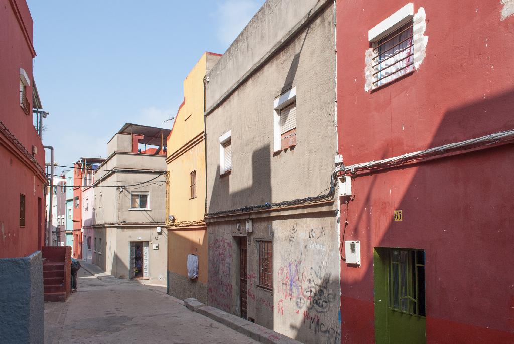 Casa en venta en Algeciras, Cádiz, Calle Huesca, 15.000 €, 5 habitaciones, 2 baños, 92 m2
