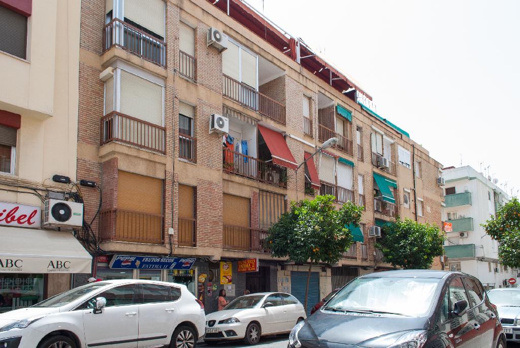 Piso en venta en Córdoba, Córdoba, Calle Lopez Amo, 75.000 €, 3 habitaciones, 1 baño, 85 m2