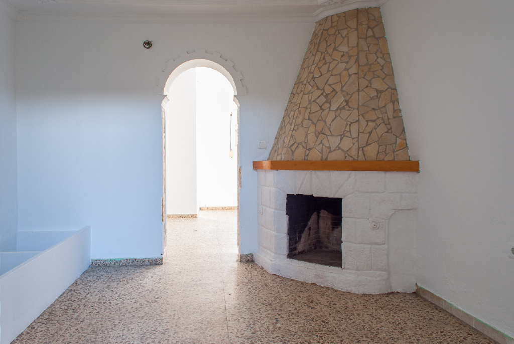 Casa en venta en Algeciras, Cádiz, Calle Arcos, 53.500 €, 4 habitaciones, 2 baños, 117 m2