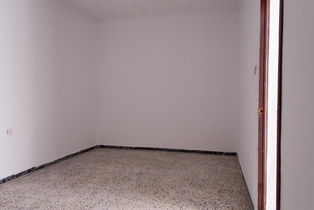 Casa en venta en Jerez de la Frontera, Cádiz, Calle Esquina 14l, 54.000 €, 3 habitaciones, 1 baño, 85 m2