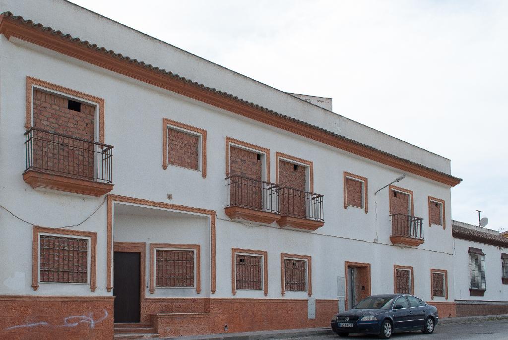 Piso en venta en Chiclana de la Frontera, Cádiz, Calle de Borreguito, 76.000 €, 2 habitaciones, 2 baños, 107 m2