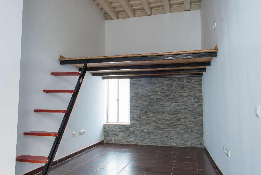 Piso en venta en San Fernando, Cádiz, Calle Cecilio Pujazon, 95.000 €, 2 habitaciones, 1 baño, 136 m2