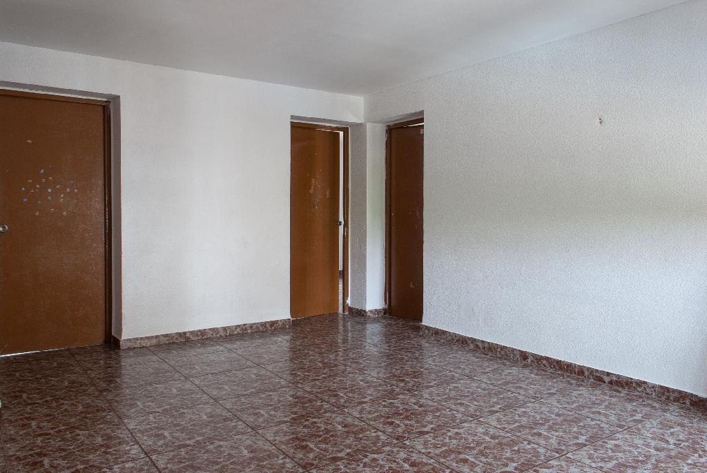 Piso en venta en Córdoba, Córdoba, Calle Ubeda, 50.000 €, 3 habitaciones, 1 baño, 60 m2