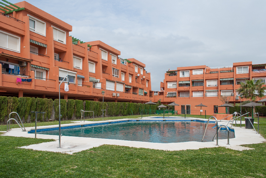 Piso en venta en Punta Carnero, Algeciras, Cádiz, Calle Camarote, 63.000 €, 1 habitación, 1 baño, 40 m2