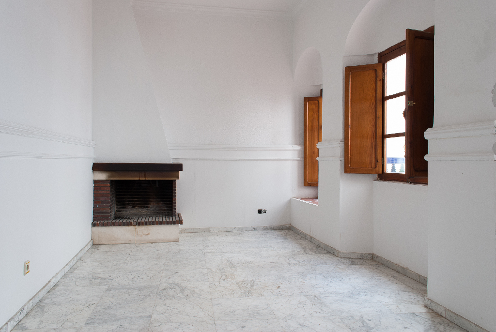 Casa en venta en Almodóvar del Río, Almodóvar del Río, Córdoba, Calle Homero, 130.000 €, 6 habitaciones, 2 baños, 196 m2
