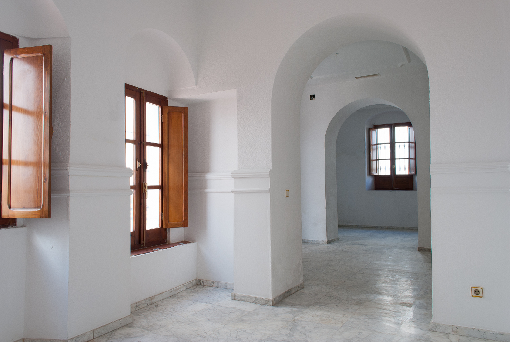 Casa en venta en Almodóvar del Río, Córdoba, Calle Homero, 159.000 €, 6 habitaciones, 2 baños, 196 m2