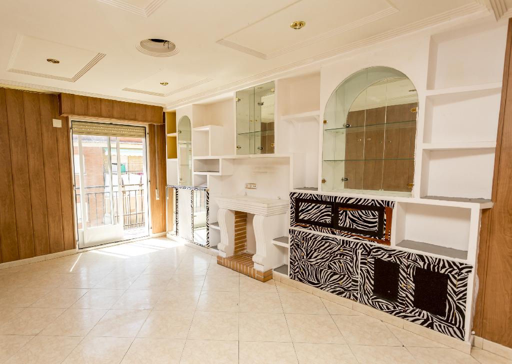 Piso en venta en Santa Marta de Tormes, Salamanca, Calle Virgen del Carmen, 44.000 €, 3 habitaciones, 1 baño, 84 m2