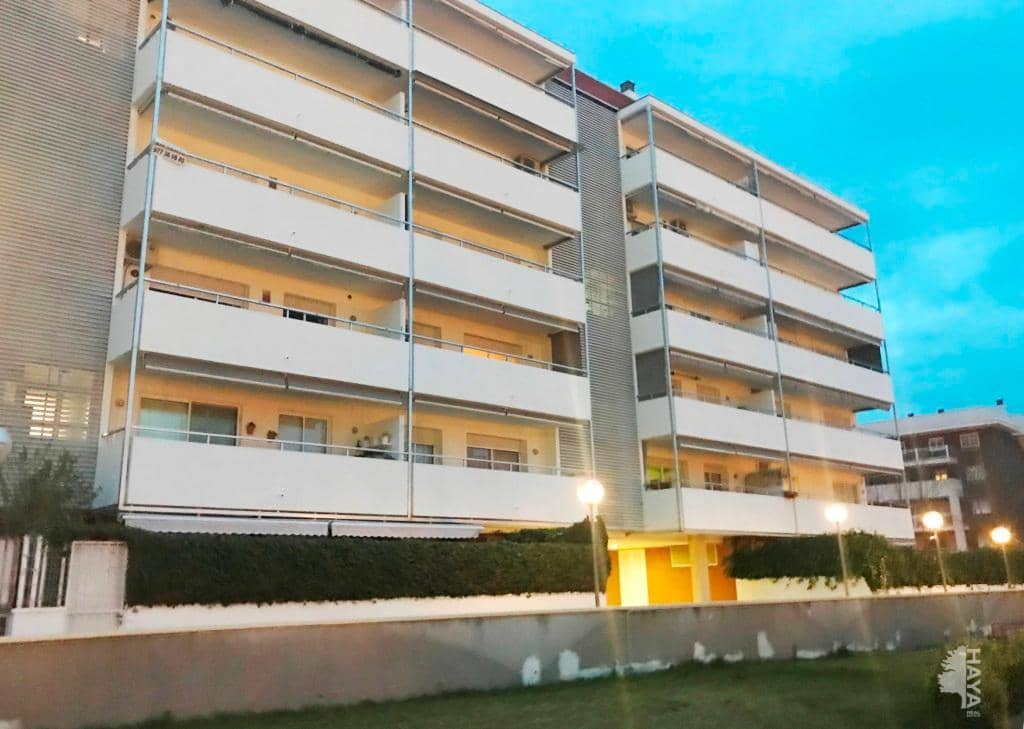 Piso en venta en Cap Salou, Salou, Tarragona, Calle Tarragona De, 232.200 €, 3 habitaciones, 2 baños, 126 m2