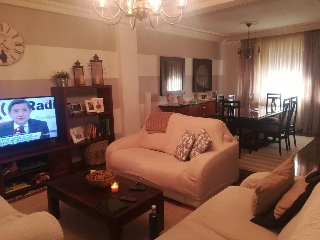 Casa en venta en Martos, Jaén, Barrio Nuevo Martos, 210.000 €, 4 habitaciones, 3 baños, 240 m2