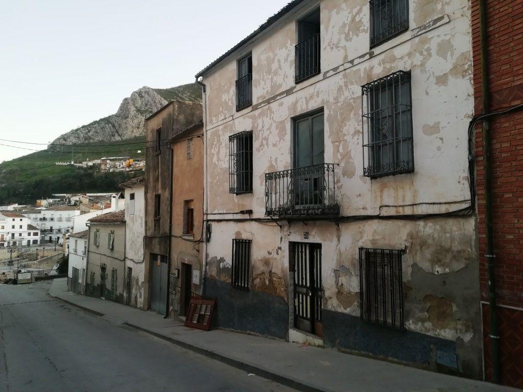 Casa en venta en Martos, Jaén, Calle Torredonjimeno, 12.000 €, 4 habitaciones, 205 m2