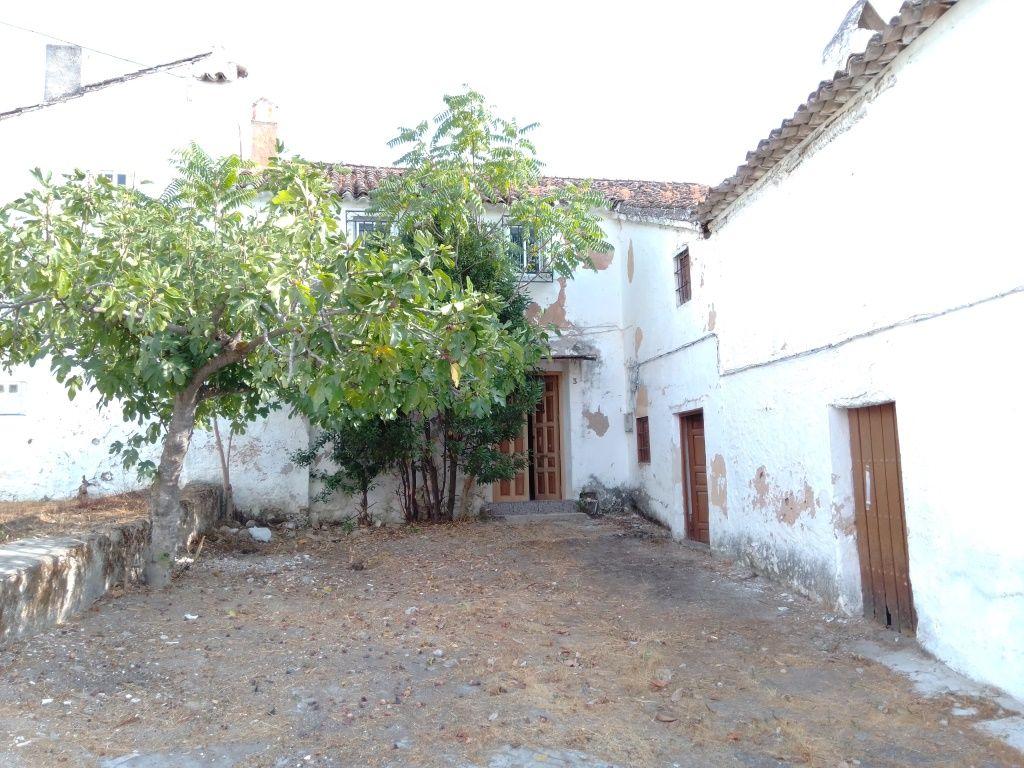 Casa en venta en Alcalá la Real, Jaén, Lugar San Jose de la Rabita, 24.000 €, 6 habitaciones, 1 baño, 230 m2