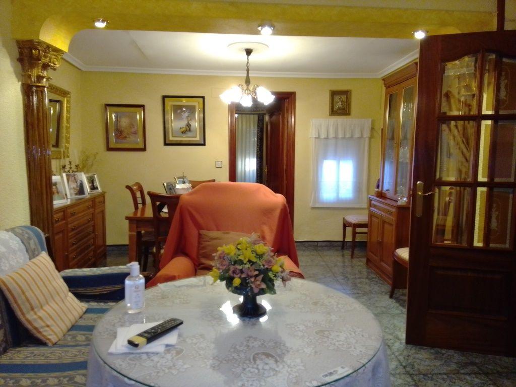 Casa en venta en Martos, Jaén, Calle la Huertas, 75.000 €, 3 habitaciones, 2 baños, 130 m2