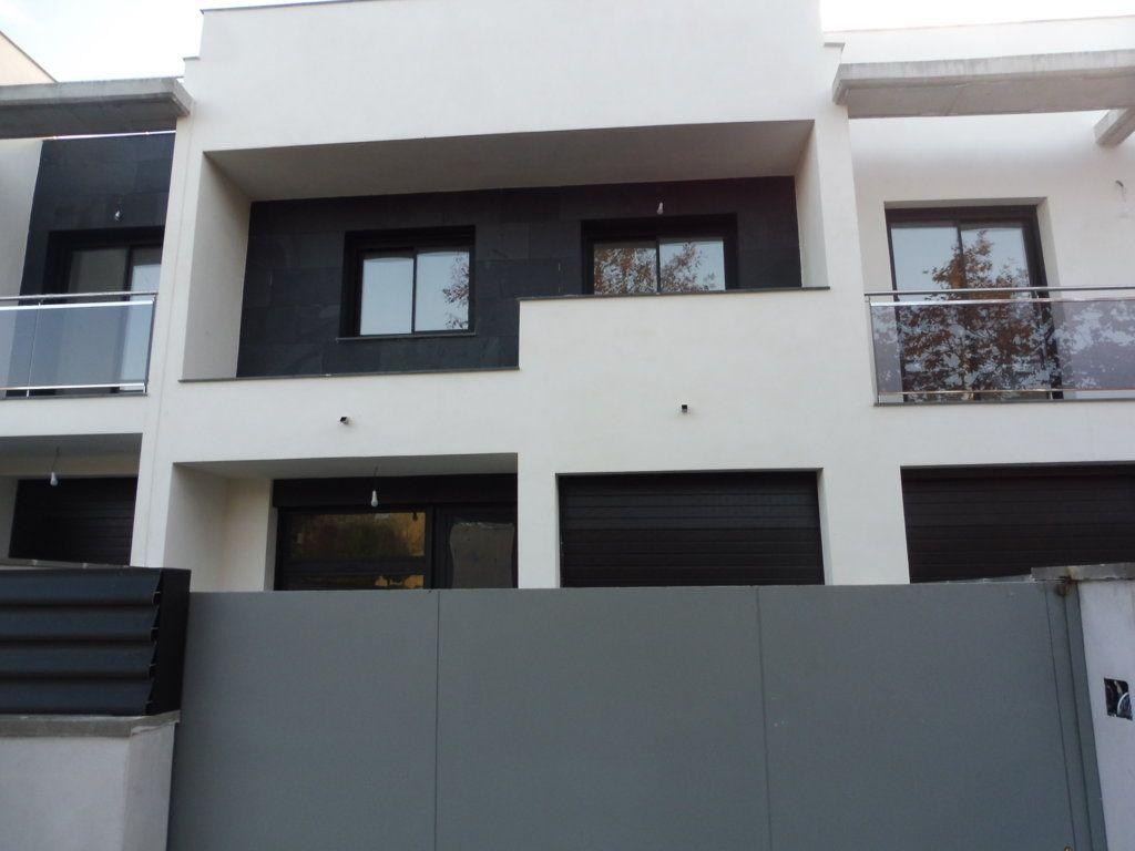 Casa en venta en Vilafranca del Penedès, Barcelona, Avenida Garraf, 267.400 €, 3 habitaciones, 2 baños, 138 m2