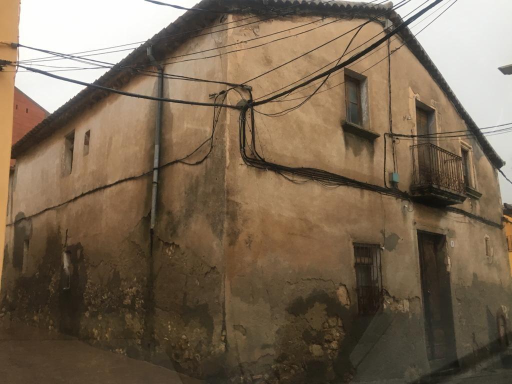 Casa en venta en Sant Cugat Sesgarrigues, Barcelona, Calle Sant Pere, 75.000 €, 5 habitaciones, 1 baño, 352 m2