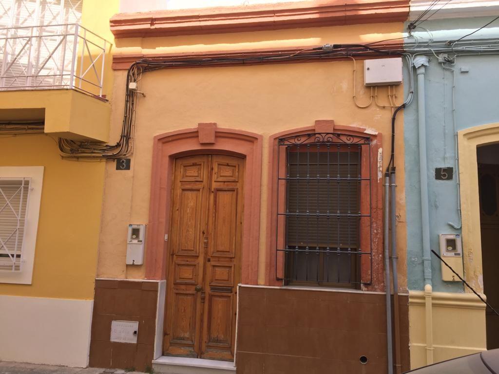 Casa en venta en 40002, Almería, Almería, Calle Vinuesa, 50.000 €, 1 habitación, 1 baño, 50 m2