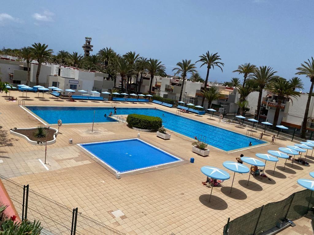 Piso en venta en La Estrella, Arona, Santa Cruz de Tenerife, Avenida Jose Antonio Tavio,, 132.000 €, 1 habitación, 1 baño, 50 m2