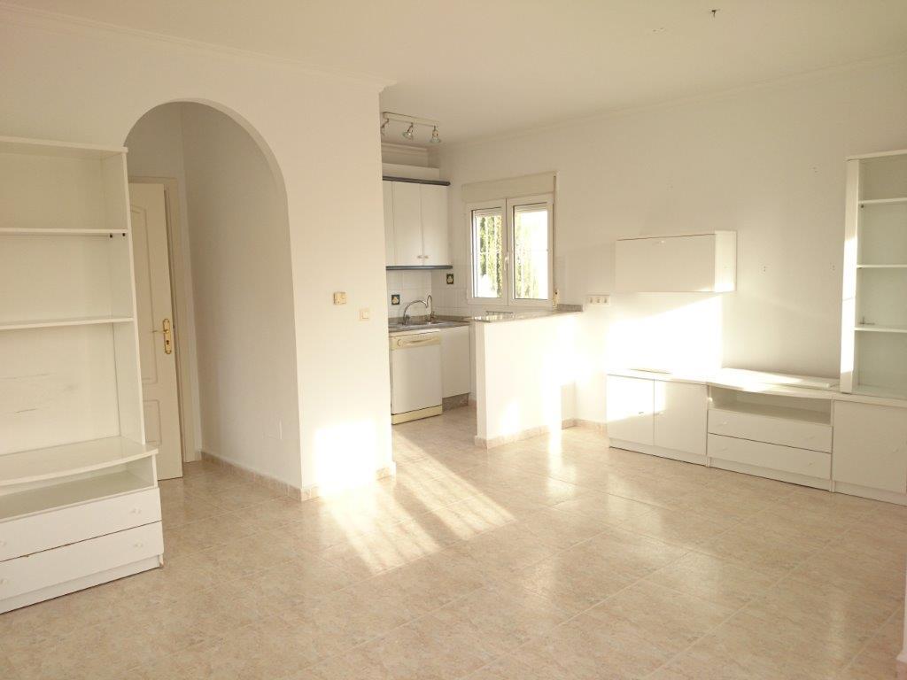 Casa en venta en Balcón de la Costa Blanca, San Miguel de Salinas, Alicante, Urbanización Iruelos, 194.700 €, 4 habitaciones, 3 baños, 147 m2