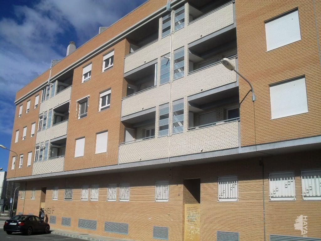 Piso en venta en Villena, Alicante, Calle Jose Luis Bueno Fernandez, 76.000 €, 3 habitaciones, 1 baño, 110 m2