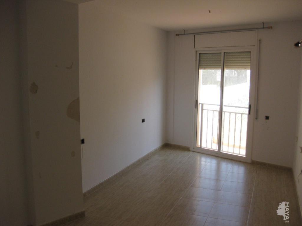 Piso en venta en Sant Martí Sarroca, Barcelona, Calle Constitucio, 140.000 €, 3 habitaciones, 1 baño, 121 m2