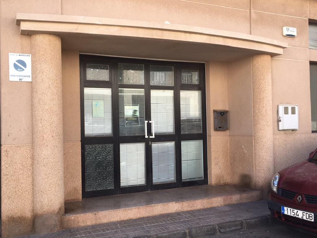 Local en venta en San Francisco Javier, Arrecife, Las Palmas, Calle Cid Campeador, 50.000 €, 104 m2