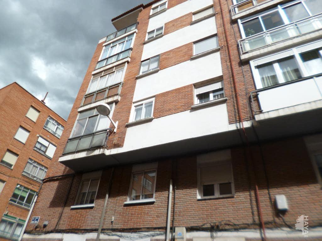 Piso en venta en Valladolid, Valladolid, Calle Pavo Real, 52.000 €, 3 habitaciones, 1 baño, 86 m2