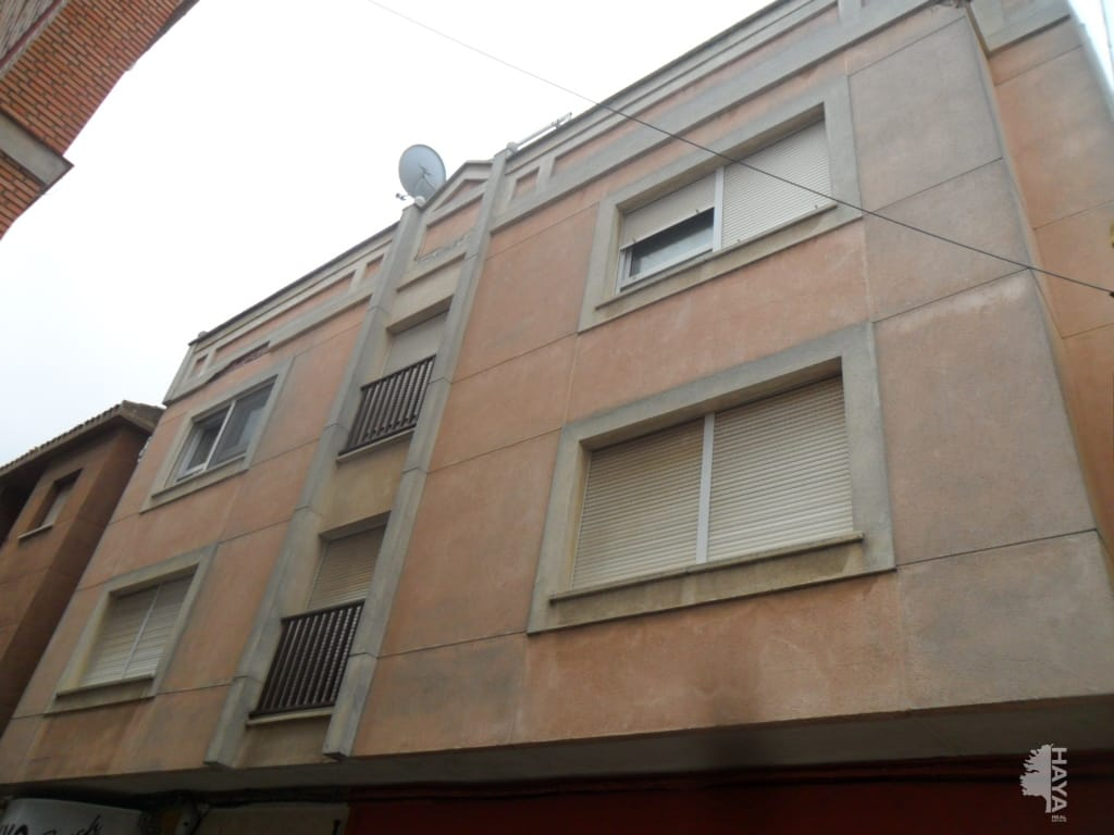 Piso en venta en Villarrobledo, Albacete, Travesía de la Madres, 60.274 €, 3 habitaciones, 2 baños, 119 m2