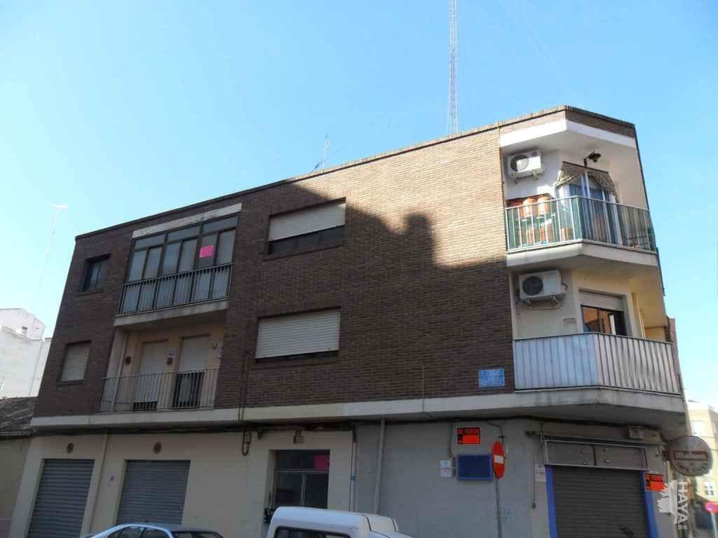Piso en venta en Industria, Albacete, Albacete, Calle Ignacio Monturiol, 104.650 €, 3 habitaciones, 1 baño, 118 m2