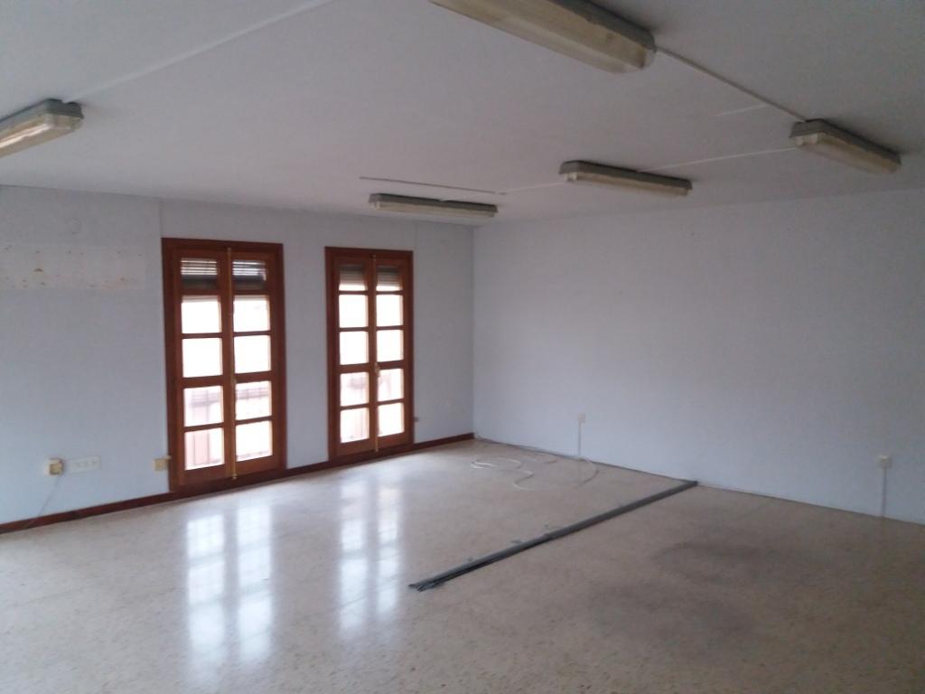 Oficina en venta en Gandia, Valencia, Calle Salelles, 72.000 €, 111 m2