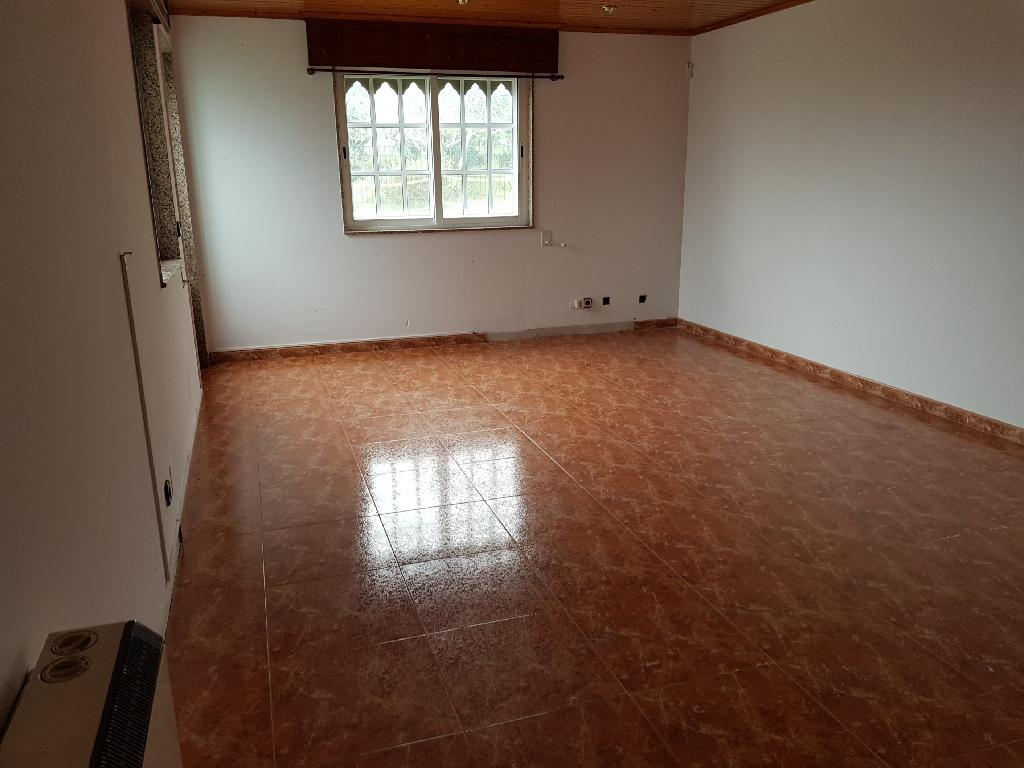 Casa en venta en Cabanas, A Coruña, Travesía Pereiro, 104.000 €, 2 habitaciones, 2 baños, 117 m2