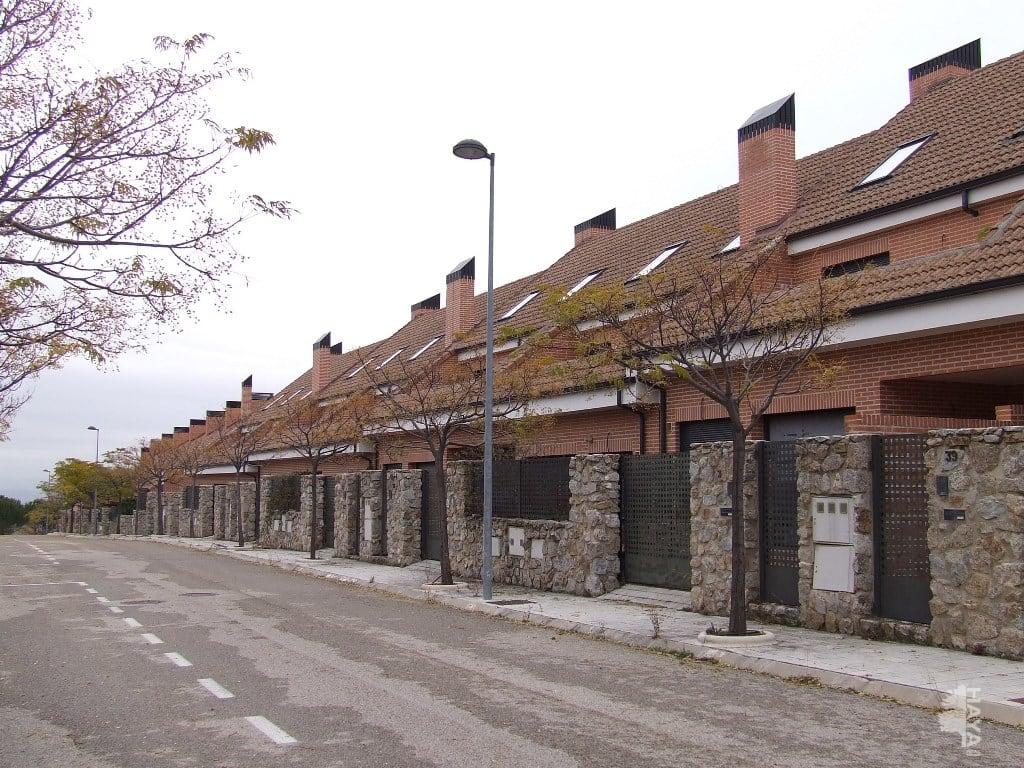 Casa en venta en Miraflores de la Sierra, Madrid, Avenida de Miraflores de la Sierra, 254.430 €, 4 habitaciones, 2 baños, 263 m2