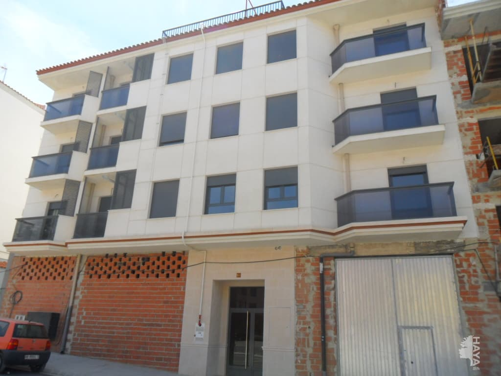 Piso en venta en Chinchilla de Monte-aragón, Albacete, Avenida Levante, 55.300 €, 1 habitación, 1 baño, 127 m2