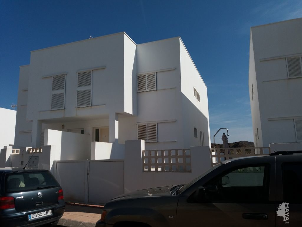 Casa en venta en Níjar, Almería, Calle Marejada, 227.000 €, 4 habitaciones, 3 baños, 186 m2