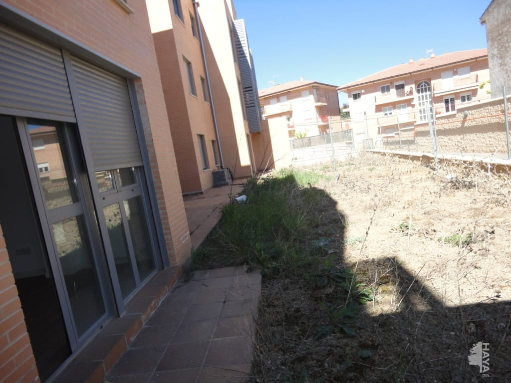 Piso en venta en Jadraque, Guadalajara, Paseo Juan Casas, 61.000 €, 3 habitaciones, 1 baño, 90 m2