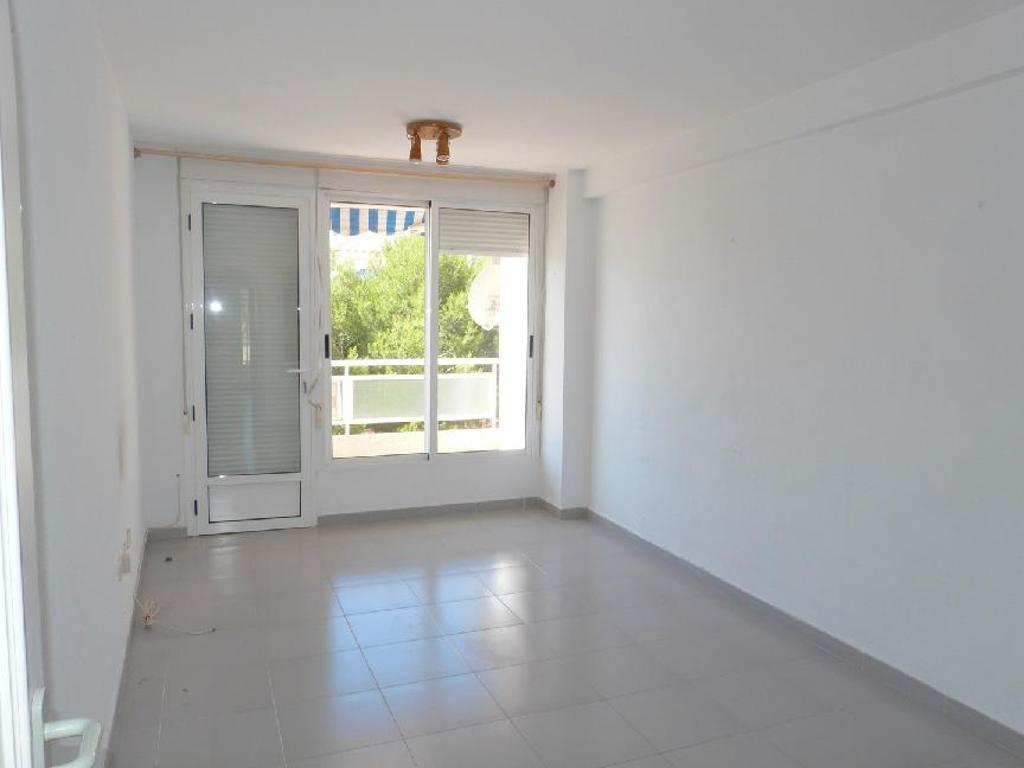 Piso en venta en Piso en Orihuela, Alicante, 68.500 €, 2 habitaciones, 1 baño, 63 m2