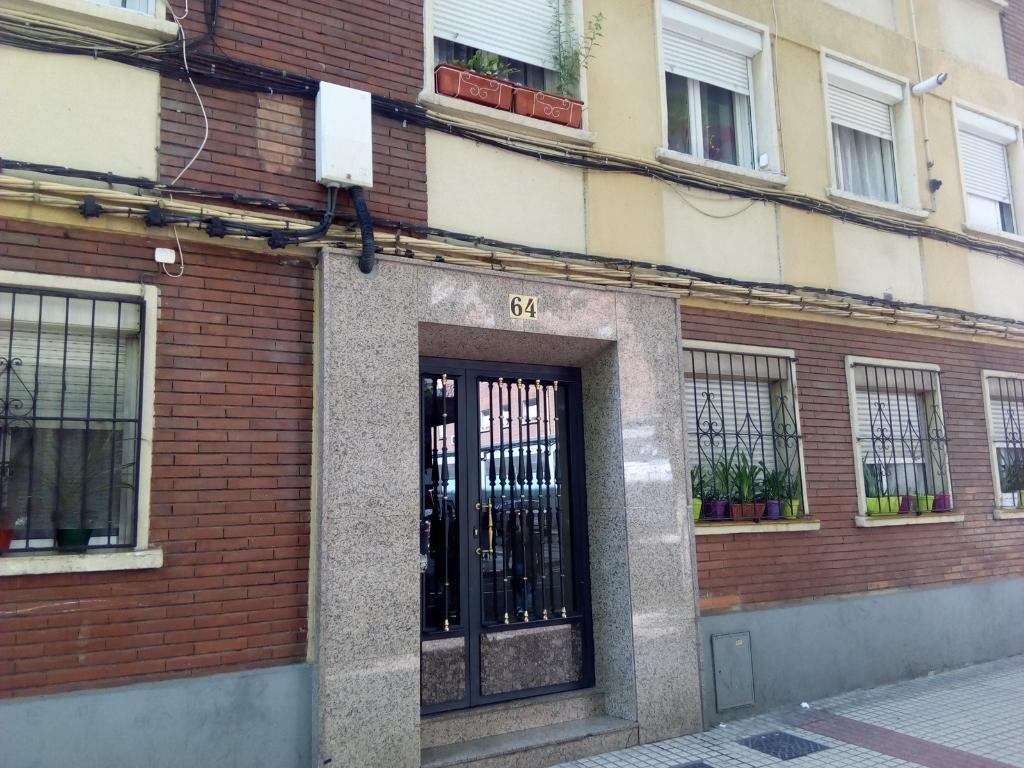 Piso en venta en Piso en Zaragoza, Zaragoza, 45.100 €, 2 habitaciones, 1 baño, 51 m2
