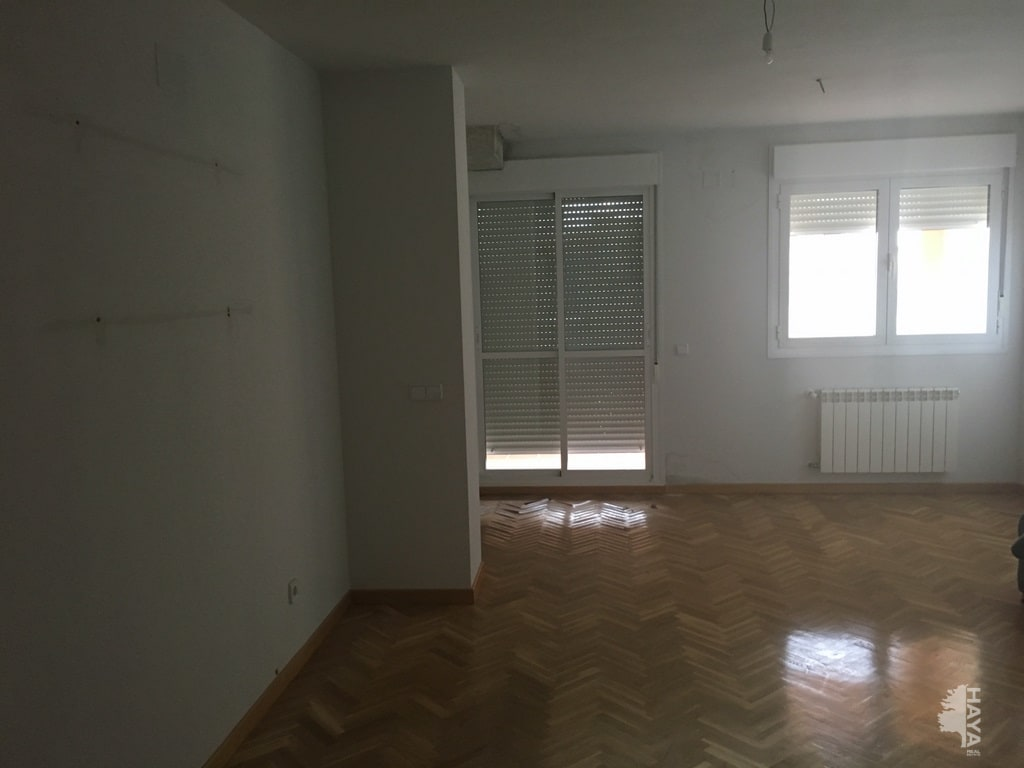 Piso en venta en Camarena, Toledo, Avenida Guardia Civil, 51.477 €, 2 habitaciones, 2 baños, 101 m2