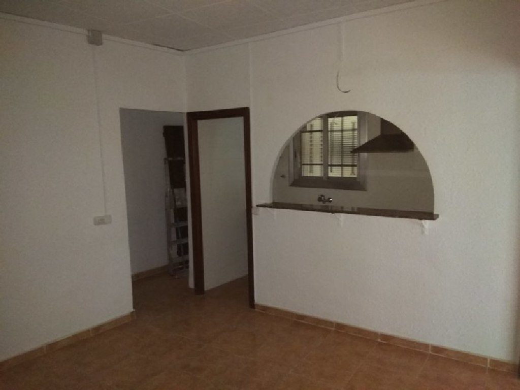 Piso en venta en Reus, Tarragona, Avenida Barcelona, 40.000 €, 3 habitaciones, 1 baño, 90 m2