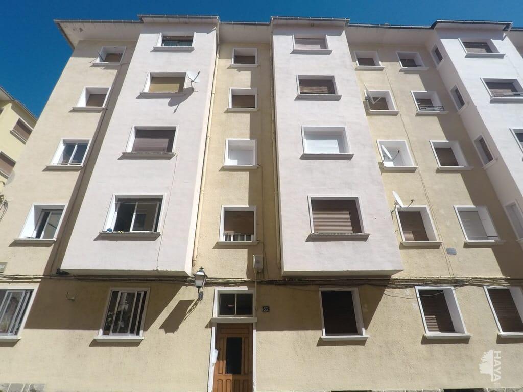 Piso en venta en Sabiñánigo, Huesca, Calle Marques de Urquijo, 67.371 €, 3 habitaciones, 1 baño, 78 m2